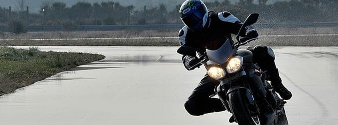 moto edito pilot power 3 5 tyres