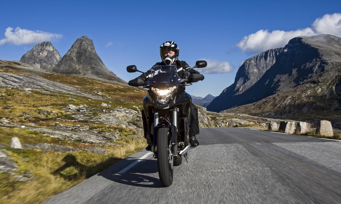 Xe máy Biểu ngữ adventure Tìm kiếm lốp xe