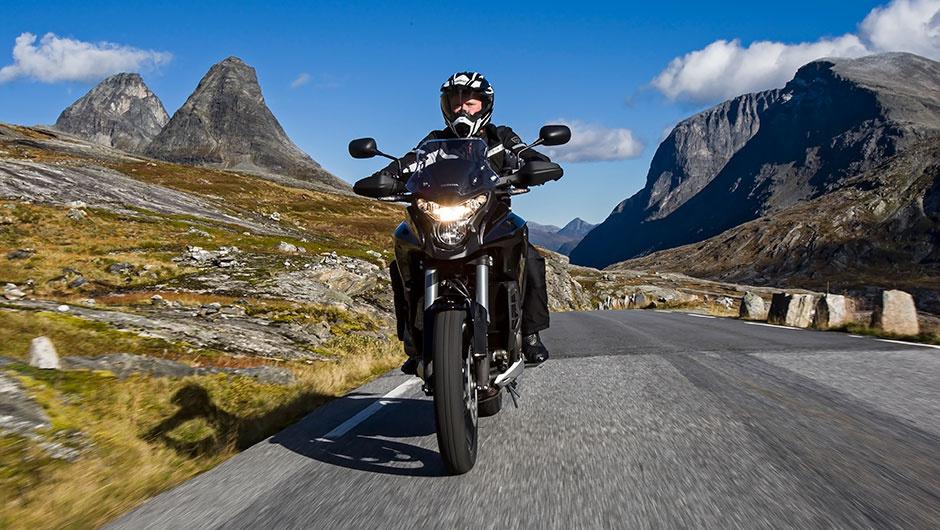 moto edito pilot road 4 trail 4 tyres
